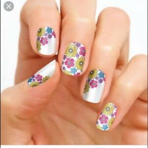 BUY 3, GET 1 FREE Color Street Nail Strips